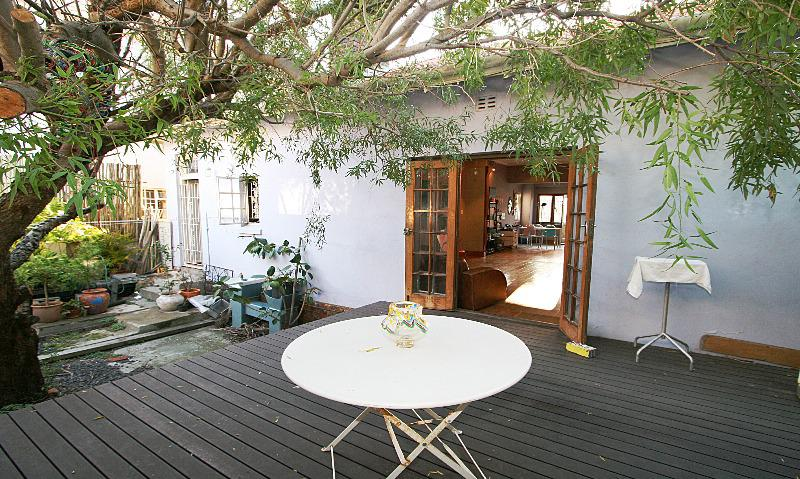 Property For Sale in Gardens, Cape Town 1