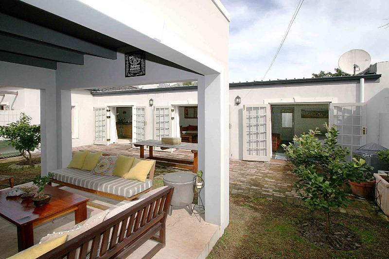 Property For Sale in Franschhoek, Franschhoek 2