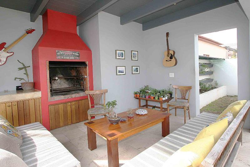 Property For Sale in Franschhoek, Franschhoek 3