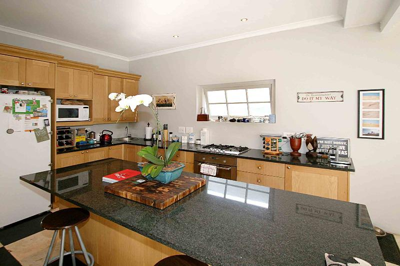 Property For Sale in Franschhoek, Franschhoek 4