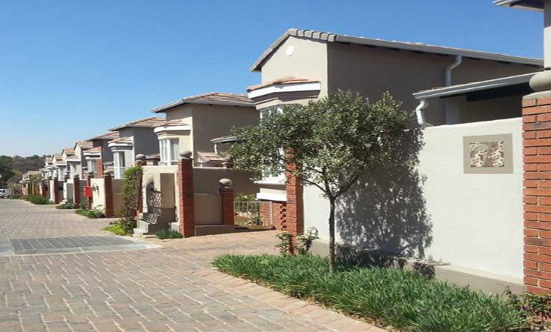 Property For Sale in Bryanston East, Sandton 11