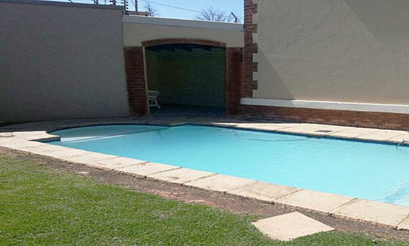Property For Sale in Bryanston East, Sandton 9