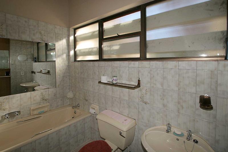 Property For Sale in Franschhoek, Franschhoek 10