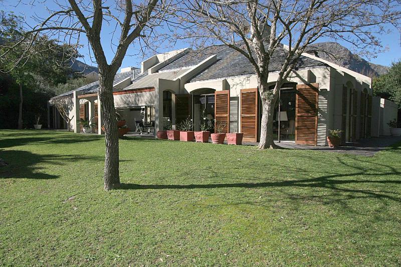 Property For Sale in Franschhoek, Franschhoek 3
