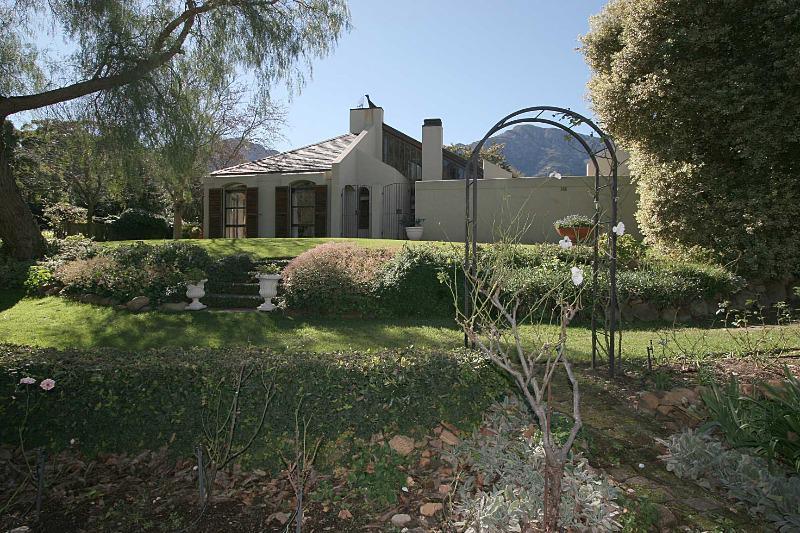 Property For Sale in Franschhoek, Franschhoek 16