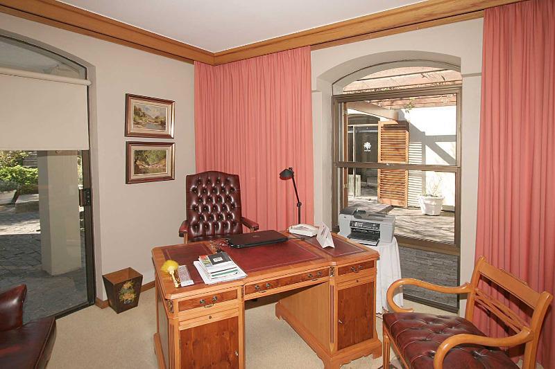 Property For Sale in Franschhoek, Franschhoek 13