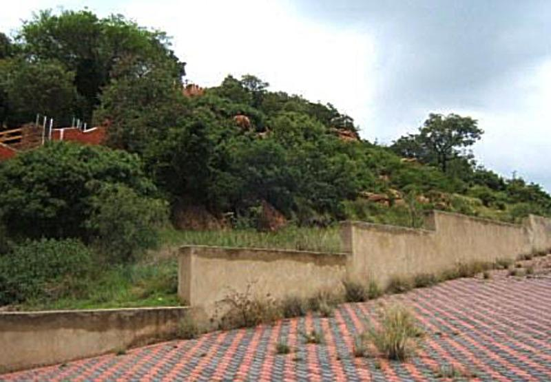 Property For Sale in Glenvista Ext 05, Johannesburg 3