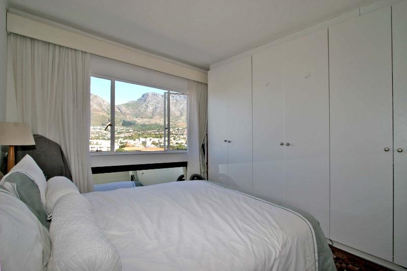 Property For Sale in Tamboerskloof, Cape Town 8