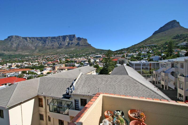 Property For Sale in Tamboerskloof, Cape Town 10