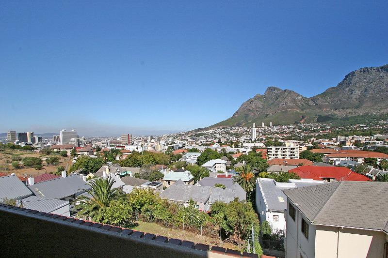 Property For Sale in Tamboerskloof, Cape Town 11