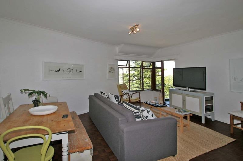 Property For Sale in Tamboerskloof, Cape Town 3