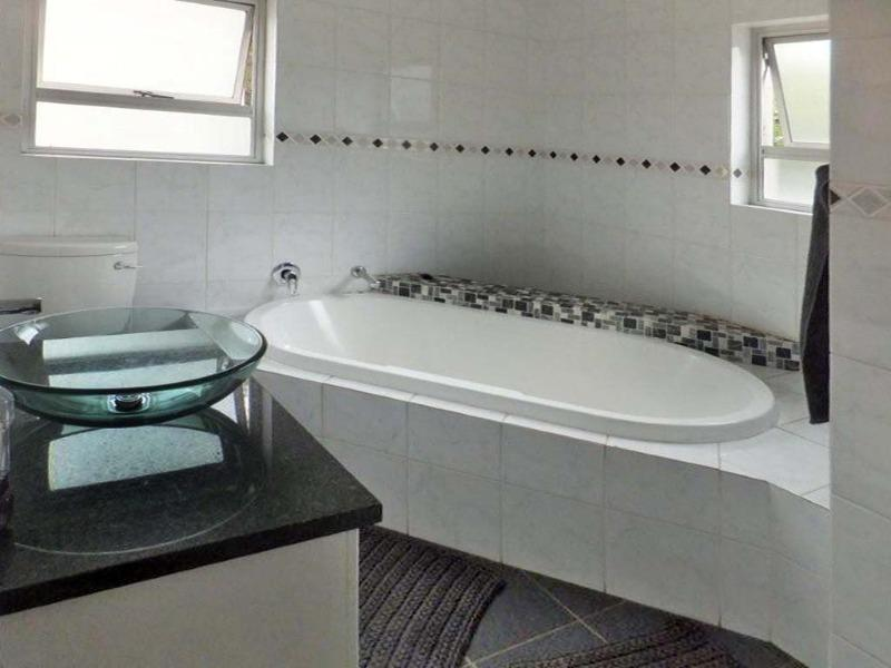 Property For Sale in Sunninghill, Sandton 5