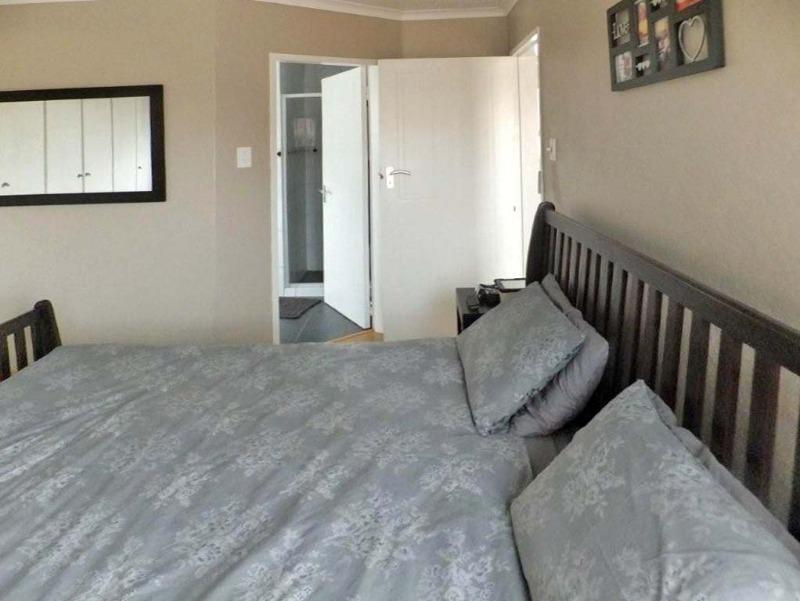 Property For Sale in Sunninghill, Sandton 8