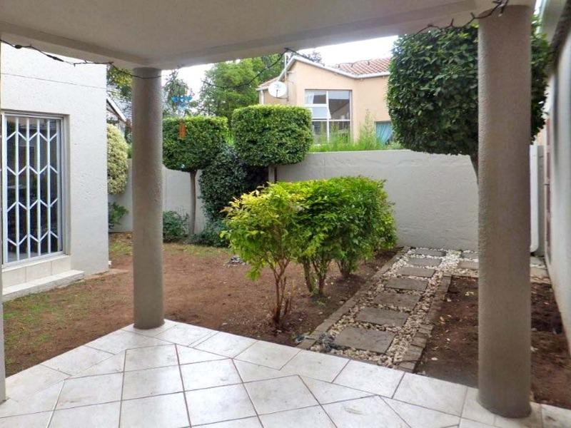 Property For Sale in Sunninghill, Sandton 2