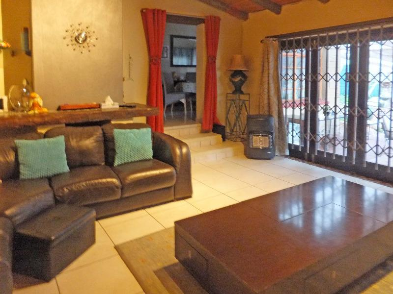 Property For Sale in Paulshof, Sandton 2