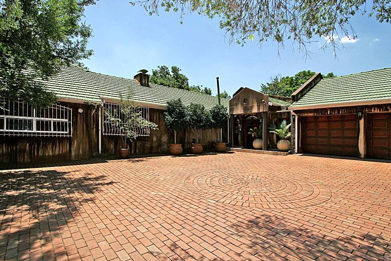 Property For Sale in Bryanston, Sandton 25