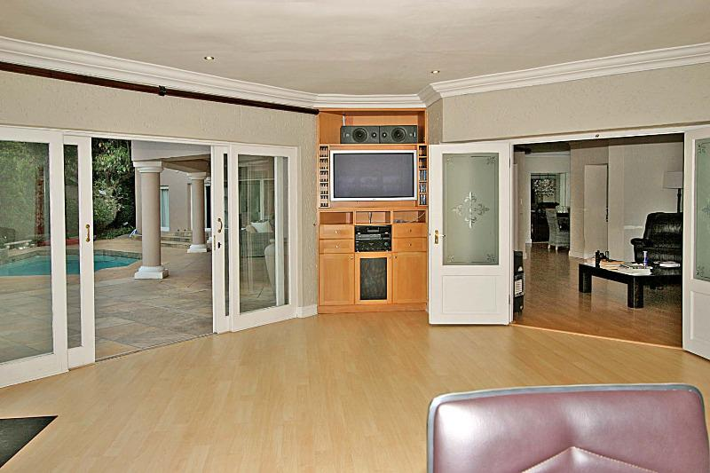 Property For Sale in Bryanston, Sandton 10