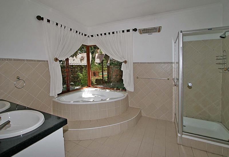House For Rent in Hurlingham Manor, Sandton
