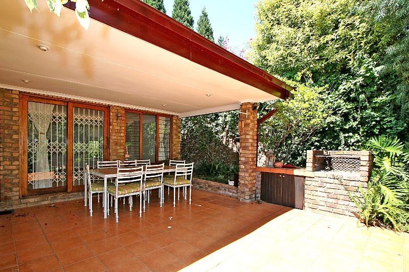 Property For Rent in Hurlingham Manor, Sandton 2