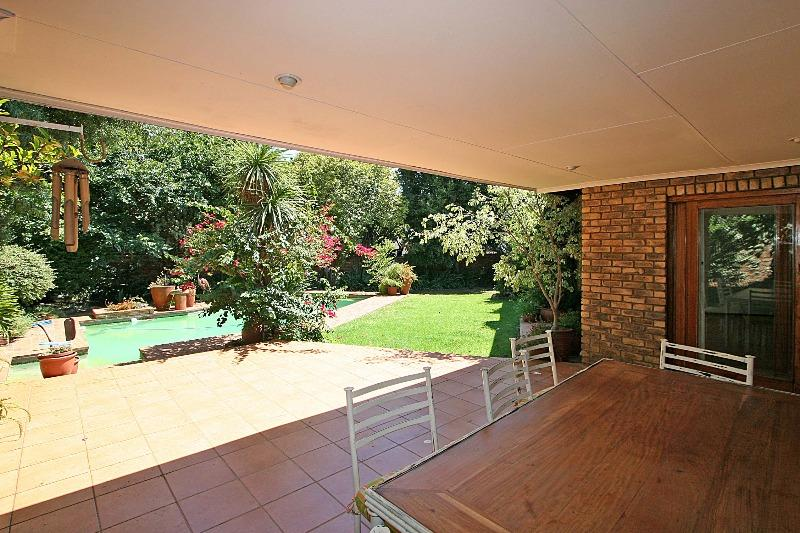 Property For Rent in Hurlingham Manor, Sandton 3
