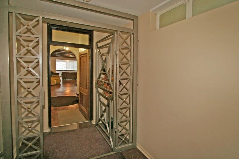 Property For Rent in Killarney, Johannesburg 1