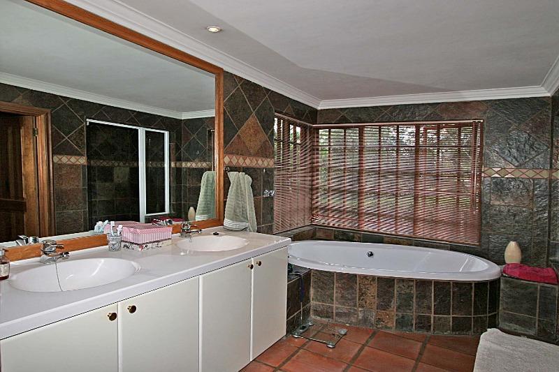 Property For Sale in Bryanston, Sandton 13