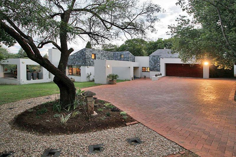 Property For Sale in Bryanston East, Sandton 2